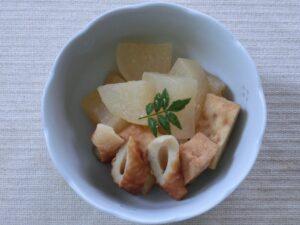 大根と厚揚げとちくわの味噌バター煮3