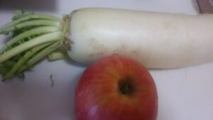 大根とりんごのすりおろしジュース1