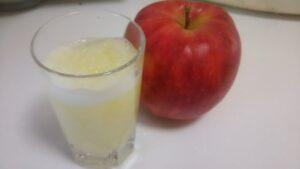 大根とりんごのすりおろしジュース3