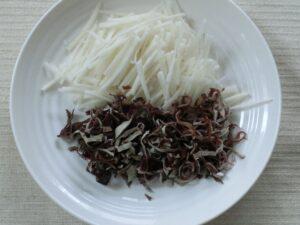 大根の皮と黒キクラゲのきんぴら2