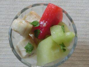 フルーツアイスの乳酸菌飲料がけ3