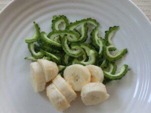 ゴーヤとバナナのスムージー2