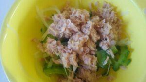 ゴーヤと玉ねぎのツナサラダ2