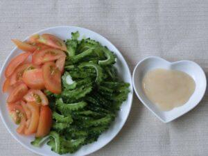 ゴーヤとトマトの塩こうじ漬け2