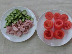 魚肉ソーセージのトマトカップ2