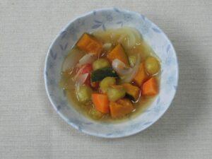 カロテンたっぷりミソスープ3