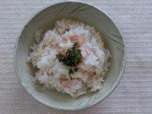 マグロのフレークご飯3