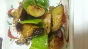 ピーマンと茄子と豚肉の味噌炒め3