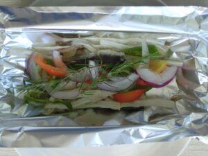 オイルサーデンと夏野菜のホイル焼き2
