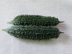 シーチキンとゴーヤのサラダ1
