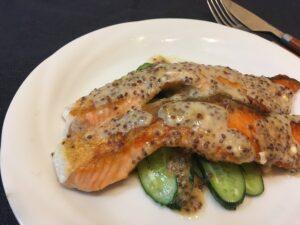 DHA・EPA豊富な鮭を簡単ムニエルで3